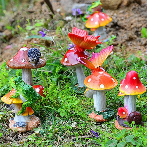 How to Make Cement Garden Mushrooms [DIY Garden Statue]